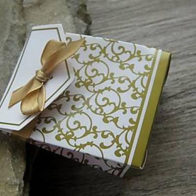 Darčeková taštička, 3.7 x 6.7 x 8.3cm, 1 ks (zlatá)