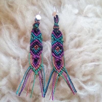 Náušnice pletené fialové