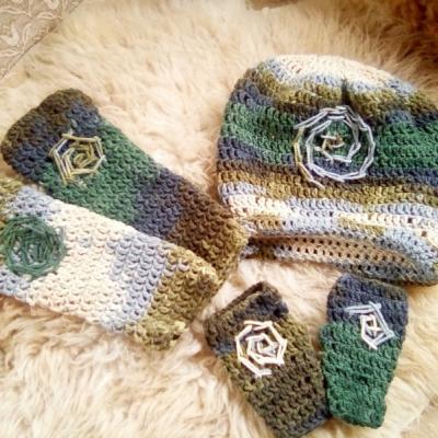 Set čiapka,štucne ,rukavice zelene