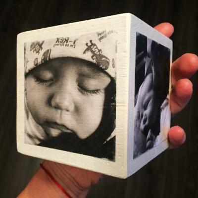 Spomienková KOCKA - dubová biela a čiernobiele fotky