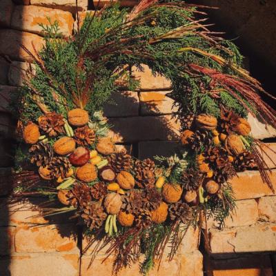 Jesenný venček na dvere alebo stol