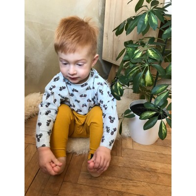 Detské tepláčiky slim fit okrová