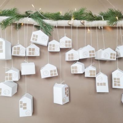 Set na výrobu adventného kalendára - veľké aj malé domčeky