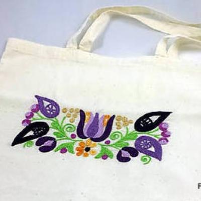 bavlnená taška Vyšívaná fialová