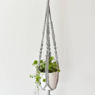 Závesný držiak na kvetiny - sivý