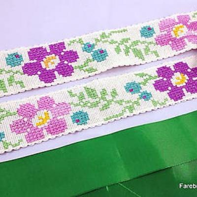 opasok vyšívaný Kvetinový zelený L/XL