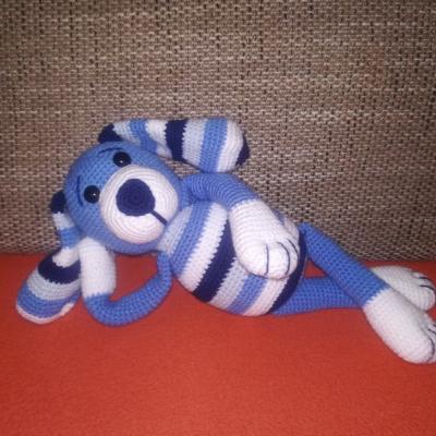 Háčkovaný psík - modrý