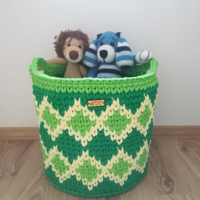Háčkovaný košík na hračky