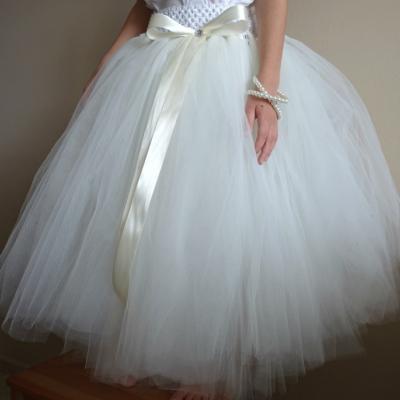 Dlhá tylová sukňa