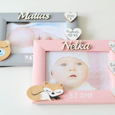 Fotorámiky s údajmi o narodení