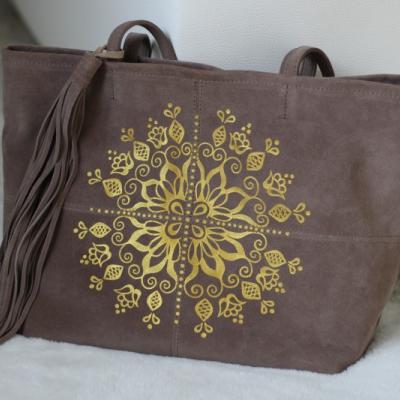 Maľovaná kožená kabelka