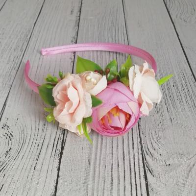 Kvetinková čelenka pre dievča