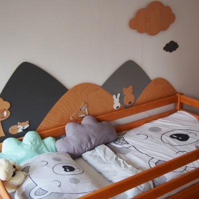 Drevená zástena za posteľ / Nočná lampa obláčik