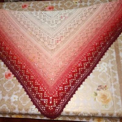 Hačkovaná šatka - horúce srdce