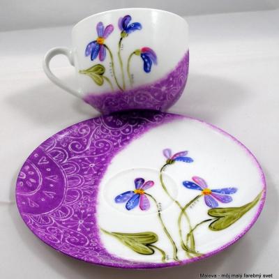 šálka porcelánová Fialky