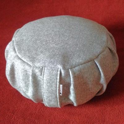 OBLAK TICHA - meditačný vankúš 27cmx15cm