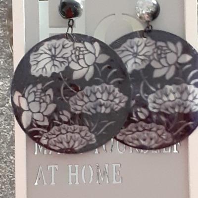 Náušnice- mušle s kvetmi