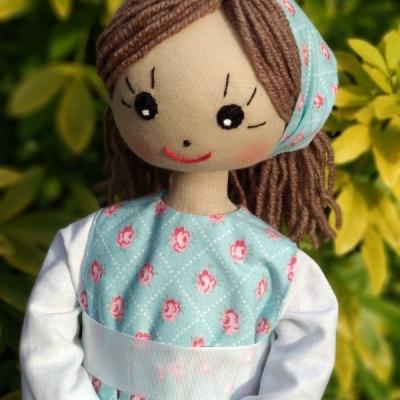 Magdalka  v kvietkovaných šatách