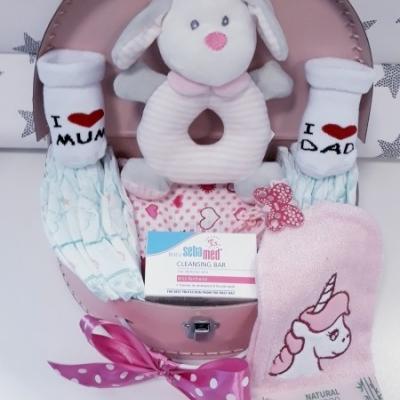 Plienková torta oblúk Baby Maxi plienkový kufrík ružová