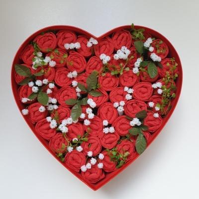 Plienková torta flowerbox červený