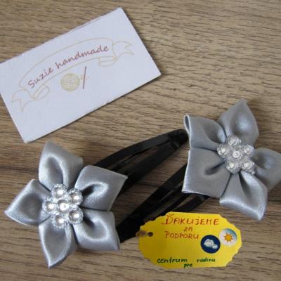 Sponky - Stieborný kvet