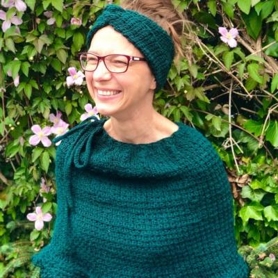 Set dámske pončo a čelenka - Tuniský smaragd