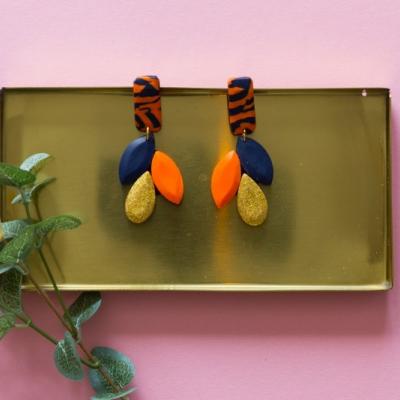 Visiace náušnice - modrá a oranžová