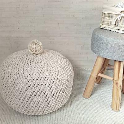 Háčkovaný PUF prírodný bavlna 40-45cm