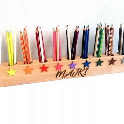 Personalizovaný stojanik na pastelky - Hviezdy