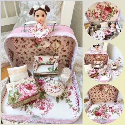 Romantický kvetinový ňu-ňu kufrík s bábikou