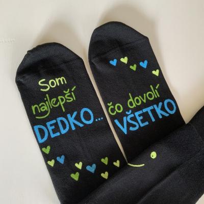 Maľované čierne ponožky  s nápisom:
