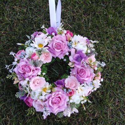 Kvetinový veniec krása kvetov