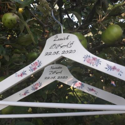 Svadobné vešiaky - kvety