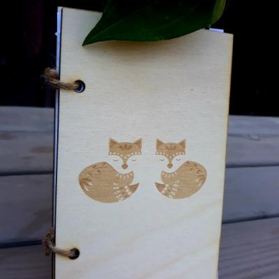 Drevenný zápisník  - líštička