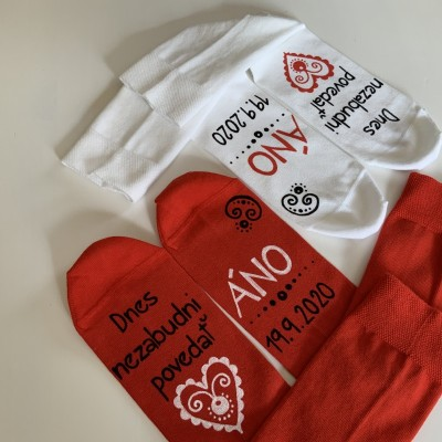 Maľované ponožky pre snúbencov / ženícha + nevestu