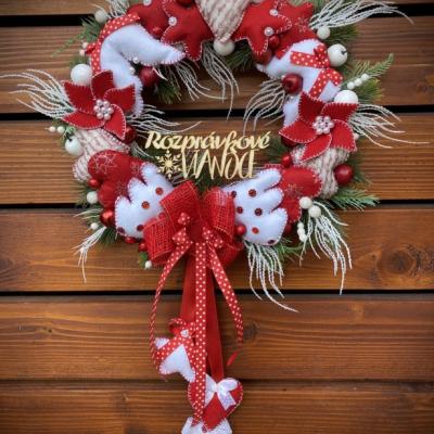 Vianočný veniec červený