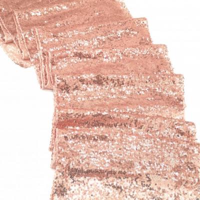 Prenájom - Flitrovaný behúň vo farbe rose gold