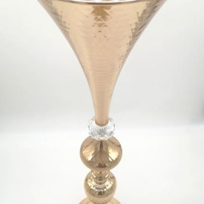 Prenájom - Zlatá kovová váza 65 cm