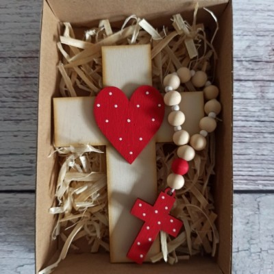 Set krížik a ruženec - červená