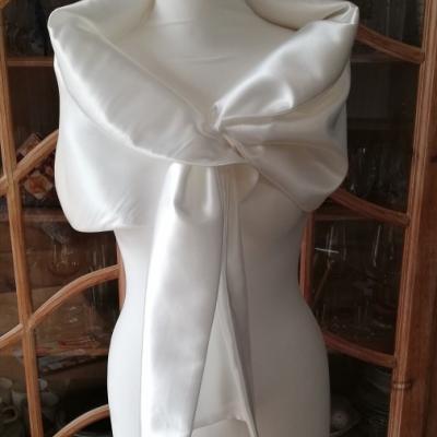 Štóla k svadobným šatám 150cm - biela