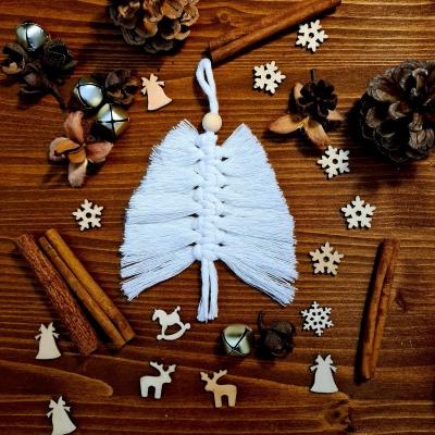Vianočné macrame ozdoby na stromček - stromček (malý)
