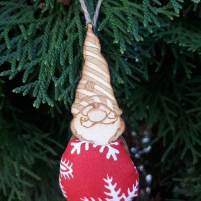 vianočný oriešok - škriatok