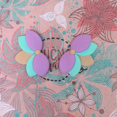 Farebný lotos