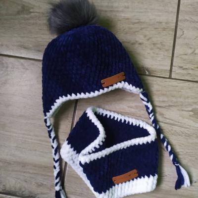 Háčkovaná čiapka a nákrčník