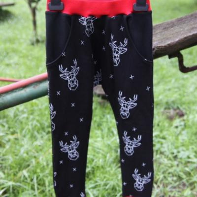 Detské tepláčiky s vreckami, jelene / na objednávku