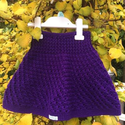 Sukňa tmavo-fialová