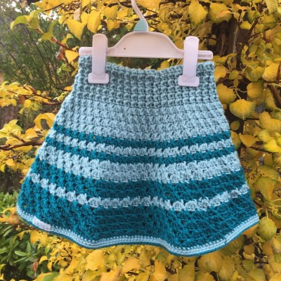 Sukňa modro-tyrkysová prúžkovaná