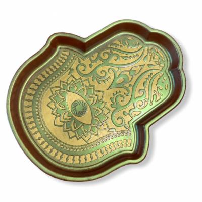 Ruka Fatimy v zeleno-marhuľovej farbe