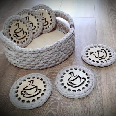 Set na kavu alebo caj - hackovany kosik a podsalky