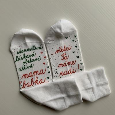 Maľované vianočné ponožky s nápisom: